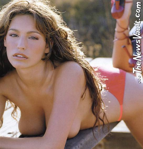 Kelly brook nude pics, slut threesome porn amateur