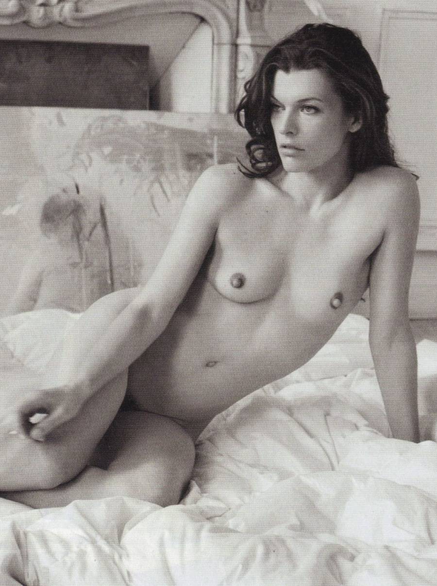 Мила йовович фото голая